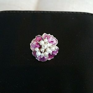 Jewelry - Sterling silver and pearl ring
